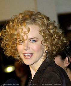 Nicole Kidman with Big Short Curly Hair Full of Loose Spirals - Beautiful Hairstyles