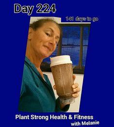 After workout shake, dreaming of the lake.  Day 224 of 365 days, 141 days to go! #superdensenutrition #lakelife  #veganchocolate #vitalbehaviors #365er #happy #GoldenScoop  #plantstronghealthandfitnesswithmelanie