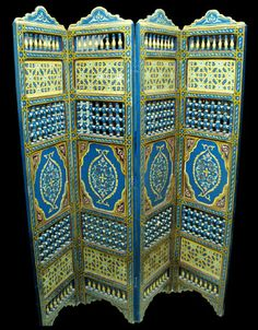 Google Image Result for http://www.moroccodesigns.com/imges/moroccan-furniture/hand-painted-furniture/moroccan-dividers-50la.jpg