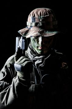Buy Jagdkommando soldier with pistol by Getmilitaryphotos on PhotoDune. Jagdkommando soldier Austrian special forces with pistol on dark background Military Special Forces, Military Police, Military Weapons, Military Soldier, Military Spouse, Military Drawings, Military Tattoos, Army Pics, Army Hat