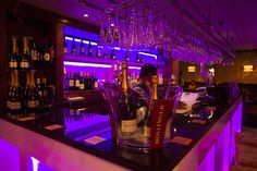 Indian Edge, Bar, always Champagne on ice