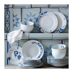 PROMENAD Assiette IKEA Vaisselle classique ornée d'un motif unique et amusant inspiré des carreaux peints à la main. Assiette plate 27cm - 4€