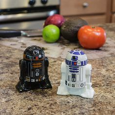 Star Wars Salt & Pepper Shakers - Take My Paycheck - You may not have noticed, but all the fine restaurants on Tatooine now feature these R2 unit salt and pepper shakers. Simply flip the R2 unit of your choice over, and he'll deposit salt or pepper onto your food.R2-D2 & R2-Q5 Salt & Pepper Shakers. Plastic stoppers in the bottom make them refillable.…