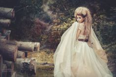 Petrova Julian is an art photographer based in Moscow, Russian. She makes stunningly glamorous pictures and her use of light is just wonderful. Themed Photography, High Fashion Photography, Romantic Woman, Goddess Dress, Photo Series, Creative Photos, Hair Pictures, Girly Girl, Flower Girl Dresses