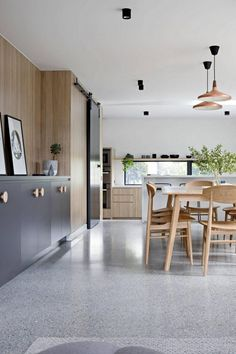 terrazzo flooring Incredible Polished Concrete Floor To Add Privileges In Your Home Polished Concrete Kitchen, Concrete Kitchen Floor, Polished Concrete Flooring, Smooth Concrete, Modern Flooring, Apartment Interior Design, Modern Interior Design, Terrazo Flooring, Living Room Flooring
