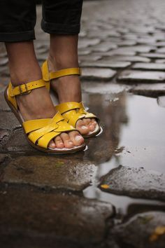 Welcome to the official Salt-Water sandals shop for Europe & East Asia. Discover the complete collection of Salt-Water and Sun-San Sandals including all the newest styles and colours. Sock Shoes, Cute Shoes, Me Too Shoes, Shoe Boots, Yellow Sandals, Yellow Shoes, Clogs, Baskets, Business Casual Outfits For Women