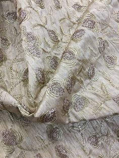 Fabrics, Sequins, Charmed, Embroidery, Boutique, My Style, Design, Tejidos, Needlepoint