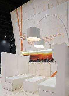 Berndes, ambiente 2009. Fair stand. Spatial graphics, signage and typographic installations. Design for and with IppolitoFleitz Group, Stuttgart – ifgroup.org