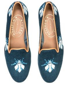 BEE Navy Needlepoint // Spring Preview //