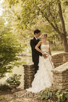 The Kelly Gallery - Outdoor Wedding Venue - Kansas City - English Gardens - 913.897.7340 http://thekellygallery.com