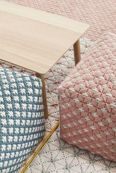 Wool woven on plastic lattice creates a hand-stitched look GAN presents a new collection designed by Belgian designer Charlotte Lancelot at iSaloni Pouf Design, Textile Design, Plastic Lattice, Creation Couture, Bargello, Fabric Manipulation, Soft Furnishings, Textures Patterns, Hand Sewing