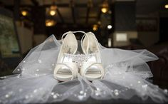 The last wedding before the official coronavirus lockdown in South Africa with Shivara and Trinity at Lake Umuzi, Secunda. Elope Wedding, Wedding Venues, Bride Shoes, South Africa, African, Celebrities, Fashion, Wedding Reception Venues, Bride Shoes Flats