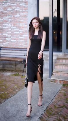 Asian Street Style, Street Style Women, Asian Model Girl, Asian Girl, Stylish Girl Pic, All Black Outfit, Sexy Gif, Beautiful Models, Asian Fashion