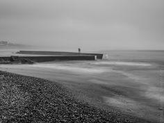 du côte du port de Penhors à Pouldreuzic © Paul Kerrien http://toilapol.net #Finistère Bretagne