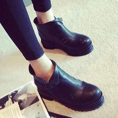 Buy 'Zandy Shoes – Platform Ankle Boots' with Free International Shipping at YesStyle.com. Browse and shop for thousands of Asian fashion items from China and more!
