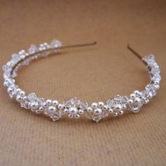 Pearl And Crystal Bridal Headband Swarovski pearls and crystals, handwired to create a beautiful but simple bridal headband from Melissa Morgan Designs. Hair Jewelry, Bridal Jewelry, Jewelry Gifts, Beaded Jewelry, Fashion Jewelry, Gold Jewellery, Fine Jewelry, Wedding Headband, Pearl Headband