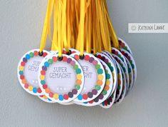 """Kinder-Partyspiele - 5 x Kinder-Orden """"SUPER GEMACHT"""" - ein Designerstück von KatrinaLange bei DaWanda"""