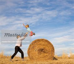 Hay bale family photos
