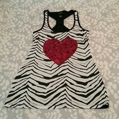 RUE 21 Zebra stripe heart tank Great condition Rue 21 Tops Tank Tops