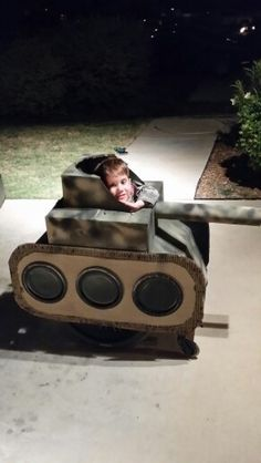 Army tank halloween costume Kids Army Costume, Boxing Halloween Costume, Halloween 2018, Halloween Kids, Crafts For Kids To Make, Art For Kids, Army Bedroom, Army's Birthday, Cardboard Car