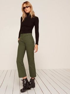 Obviously. This is an easy fitting pant with pockets and an unfinished hem.