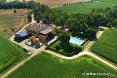 Take a look at the photo gallery of the agriturismo La Petrosa located in Ceraso - Ceraso in the province of Salerno