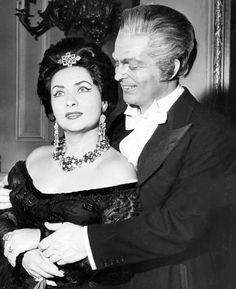 """Interview with Virginia Zeani at 90 """"My brain believes that I'm eternally young"""" - Page 2 of 2 - Virginia Zeani with Peter Glossop during performances of La Traviata at The Royal Opera House, 1962"""