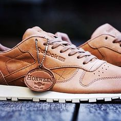 REEBOK CLASSIC LEATHER LUX HORWEEN: iconic trainers in beautifully tanned leather from renowned British tannery CF Stead with brogue detailing on the toe and heel. #fashion #sneakerheads #sneaker #sneakerhead #sneakers #reebok #horween #kicks #oldschool #classic #runningshoes #trainers