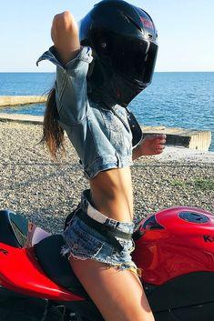 Super Hot Biker Girl in a Cool AGV Helmet Sitting on Her Kawasaki Ninja Motorcycle Ninja Motorcycle, Motorbike Girl, Lady Biker, Biker Girl, Biker Photoshoot, Dirt Bike Girl, Most Beautiful Bollywood Actress, Hipster Girls, Visors