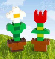 Rain, rain, go away! Take a look at these LEGO DUPLO flower building instructions - and encourage your youngest builders to bring the outdoors inside! Lego Activities, Lego Games, Instructions Lego, Lego Therapy, Modele Lego, Lego Challenge, Lego Club, Lego Craft, Pranks