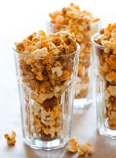Cheddar and Caramel Popcorn Mix