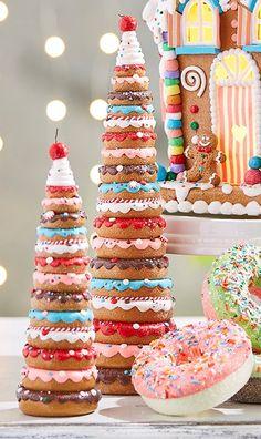 Raz Set of 2 Donut Christmas Tree Figures 3919184 - elea Gingerbread Christmas Decor, Christmas Donuts, Candy Cane Christmas Tree, Christmas Deserts, Gingerbread Decorations, Candy Christmas Decorations, Christmas Tree Themes, Christmas Time, Gingerbread Men