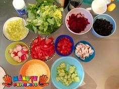 Manute Pricepute - Construim o educatie ALTFEL Guacamole, Mexican, Ethnic Recipes, Food, Essen, Meals, Yemek, Mexicans, Eten