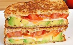 Recette Croque-Monsieur Mozarella, Avocat, Tomate économique et rapide >…