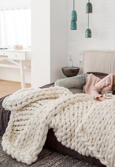 DIY Inspiration | Chunky Wool Knit Blanket – Why Don't You Make Me