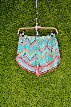 """Central Park"" Pom Pom Shorts- Mint"