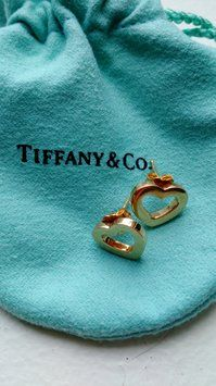 Tiffany & Co. 18kt Gold Heart Earrings. Get the lowest price on Tiffany & Co. 18kt Gold Heart Earrings and other fabulous designer clothing and accessories! Shop Tradesy now