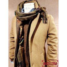 Composizione A/I '17 • #autunno #autumn #inverno #winter #cappotto #coat #verdemilitar #militarygreen #paltò #sciarpa #scarf #tartan #barbour #giacca #blazer #jacket #giacchè #maglione #sweater #shetland #marrone #brown #irishcrone #camicia #camiciajeans #shirt #denimshirt #telagenova • #macelleria #mestre