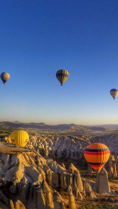 Hot Air Balloon Ride Cappadocia - Wanna go to Mars? Go to Cappadocia instead! This place in Turkey inspired Planet Tatooine's landscape in Star Wars!