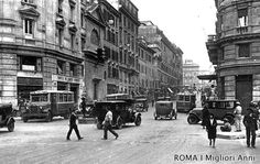 Via del Tritone 1935 Rome, Best Cities In Europe, Photo Projects, Old Photos, The Past, Street View, Pictures, Photography, Antique