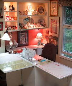 table design? Sewing Room Design, Craft Room Design, Sewing Spaces, My Sewing Room, Sewing Studio, Small Sewing Space, Sewing Room Organization, Craft Room Storage, Craft Rooms