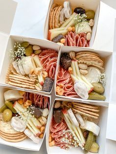 Charcuterie Gifts, Charcuterie Recipes, Charcuterie Platter, Charcuterie And Cheese Board, Recipes Appetizers And Snacks, Brunch Recipes, Healthy Snacks, Healthy Eating, Party Food Platters