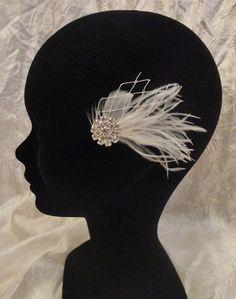 Fascinator, bijou de cheveux Eva plumes et voilette rétro vintage