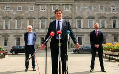 GREENS DROP AS FIANNA FAIL CRASHES! Green Party, Irish, Drop, Journal, Irish Language, Ireland