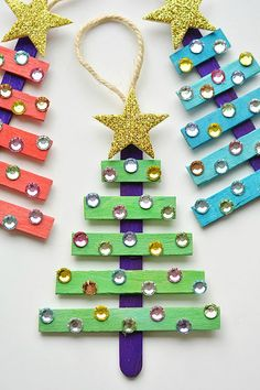 Glittering Popsicle Stick Christmas Trees #christmastree #christmascrafts #popsiclestickcrafts #ornament