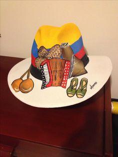 Painted Hats, Hand Painted, Diy Hat, Tole Painting, Summer Hats, Beret, Caps Hats, Cowboy Hats, Mosaic