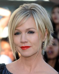 Short Haircuts For Square Faces For Aged Women
