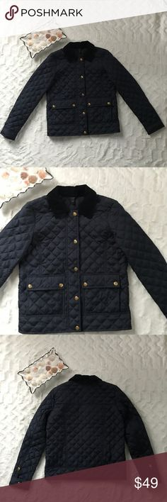 J. Crew quilted lightweight fall jacket size XXS J. Crew women's quilted lightweight jacket front zip with buttons size XXS J. Crew Jackets & Coats