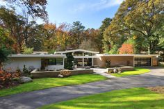 Mid century perfect would be the phrase I would use to describe The Ridgewood house. Built in 1959 by Atlanta-based Jerry Cooper