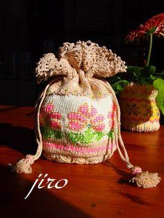 ビーズ編みきんちゃく・・・輪針編み